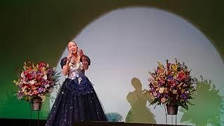 岩本公水さんの「雪の絶唱」を歌わせていただきました。 日本クラウンよ...