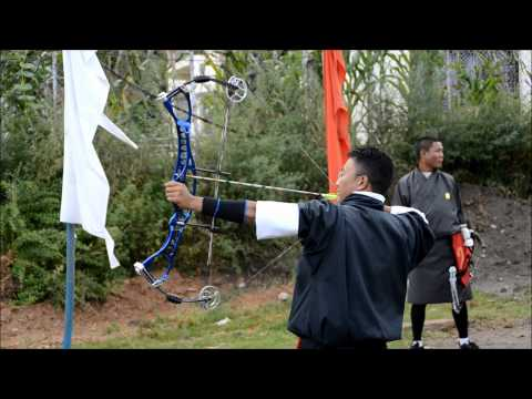 Bhutan and the national sport Archery. - Bueskydning - Bhutans nationalsport, Paro