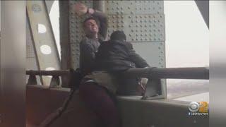 Men Rescue Would-Be Jumper Off Verrazzano Bridge