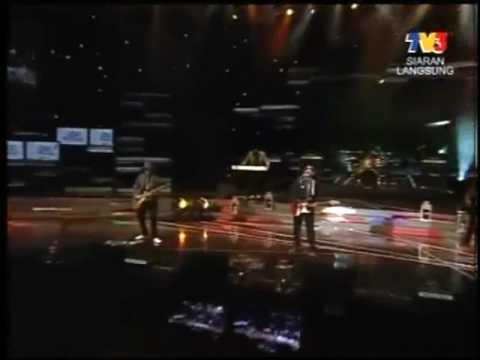 Anugerah Bintang Popular 2009 Berita Harian Azlan and The Typewriter - Kelibat Si Penyair