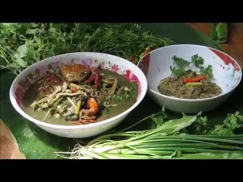 Laos food,crab cooking with bamboo shoot