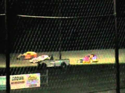 Josh Calvert@LA Raceway B Mod Feature 05-11-2012