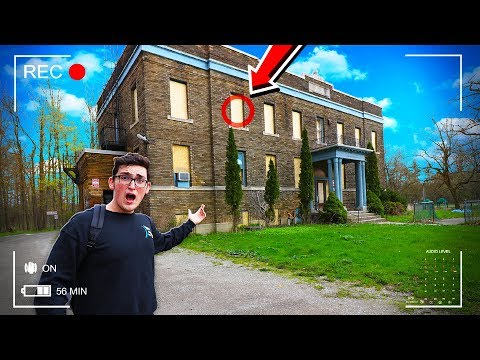 Exploring An ABANDONED DAYCARE! (SCARY)