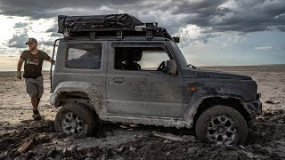 Overland Adventure Offroading on the Makgadikgadi Pans in Botswana (2019)