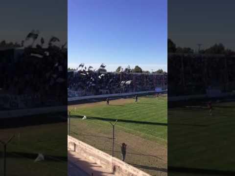 El Albinegro ganó el clásico ante Independiente
