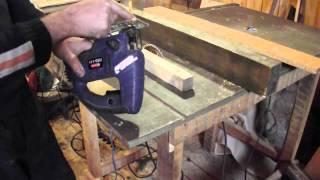 видео Как выпилить круг электролобзиком: правила