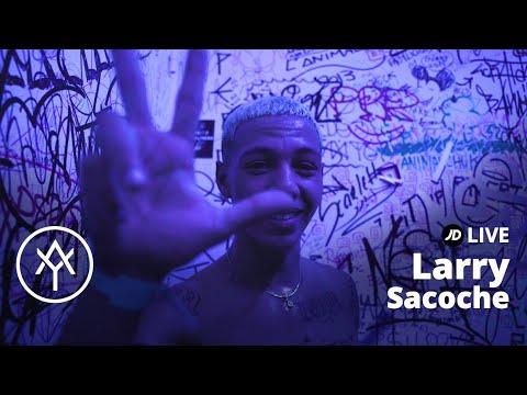Youtube: Avec«Sacoche», Larry explose sur la scène du YARD Summer Club | JD Live