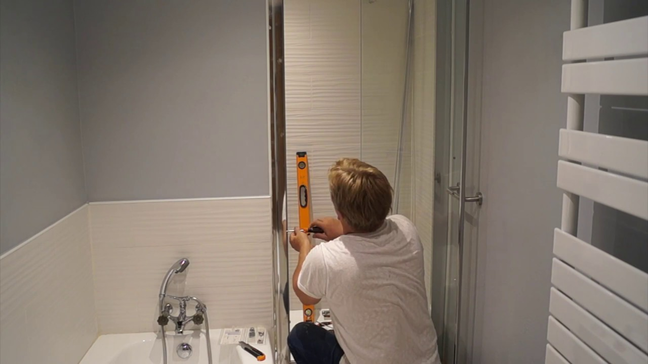 pose d une porte vitree de douche
