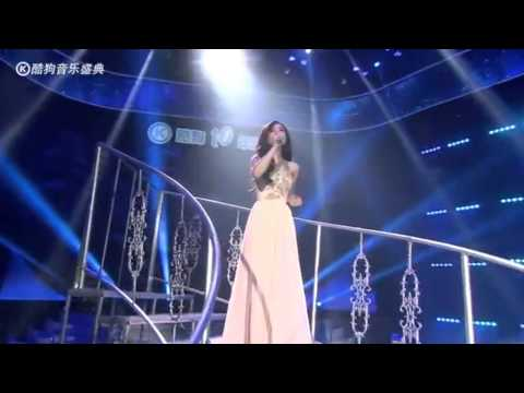 Jalane Hu - Let It Go(Chinese/English) Live@Kugou Music Awards 2014