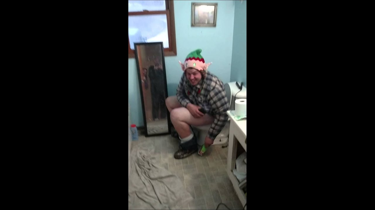 Brian Schaefer taking a Christmas poop lol - YouTube