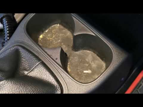 Cleaning Dirty cup holders