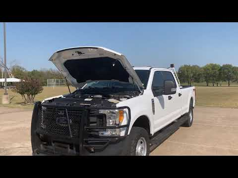2017 /GRAY Ford F-250 Crew Cab 4WD (1FT7W2B61HE) with an 6.2L V8 OHV 16V engine, 6A transmission, located at 17760 Hwy 62, Morris, OK, 74445, (918) 733-4887, 35.609104, -95.877060 - Photo #0