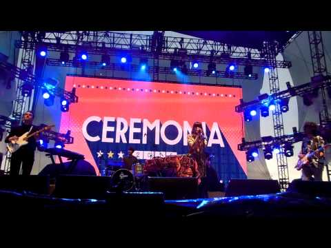 Melody's Echo Chamber - I Follow You - (Ceremonia 09-05-15)