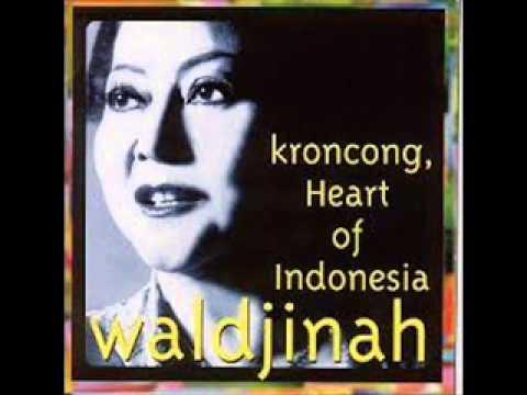 Free Download Keroncong Moritsko - Waldjinah Ratu Keroncong Mp3 dan Mp4