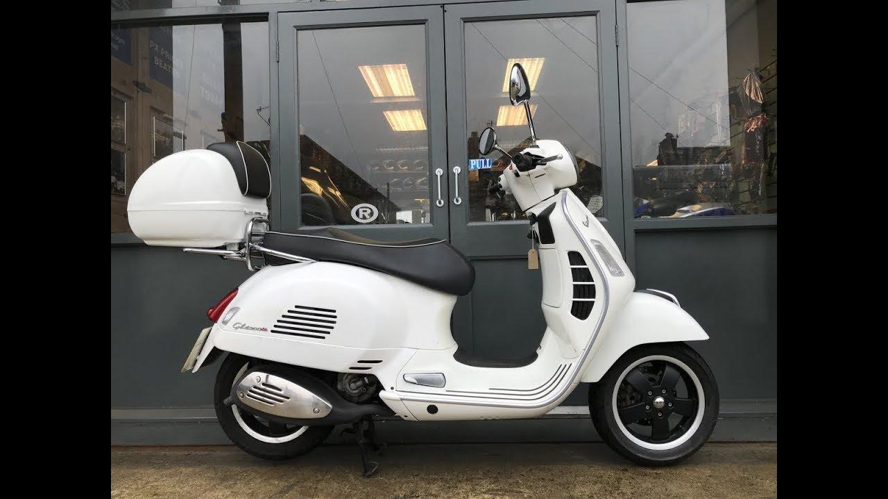 Piaggio Vespa Gts300 Super Scooter For Sale At Hastings
