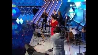 Поет Наталья Кличко.