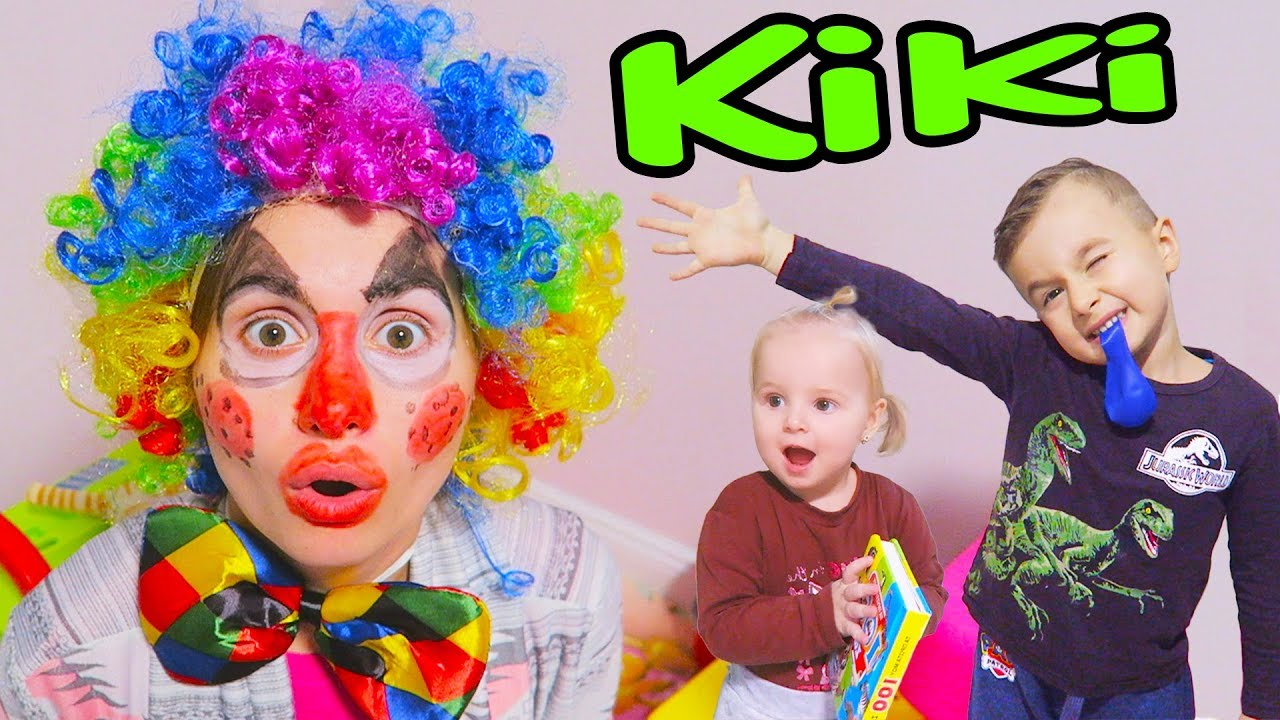 Clovnul KiKi a Venit la Alex si Ariana Sa-i Distreze!!