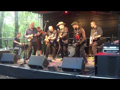 Mini-Mekons & Dick Taylor - Tina  (live at Rhythmtree Festival)