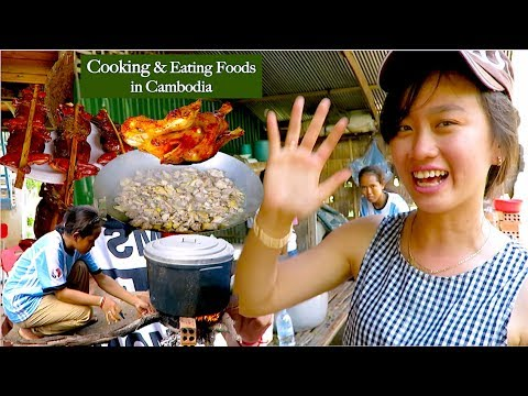 Cooking & Eating Cambodian Foods at Chhviang Village | Khmer Traditional Cooking in Kandal Province