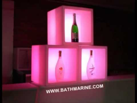 Muebles con luz led sin cables bathmarine es bateria y c for Muebles de salon con luz led