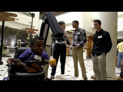 Rice engineering team delivers robotic arm to Houston area teenager