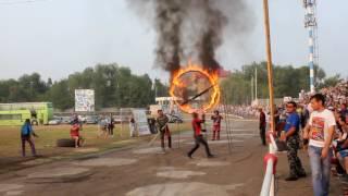 Шоу каскадёров выступает в Оренбурге