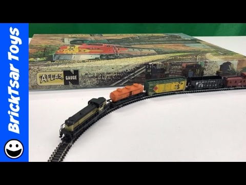 Atlas N Scale Vintage Train Set – Monon Railroad – N Gauge Starter Set