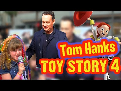 TOM HANKS 1st TOY STORY 4 Interview and Talk About JULIA ROBERTS in LARRY CROWNE with Piper Reese!