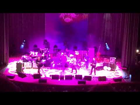 Robert Plant - The May Queen (Symphony...