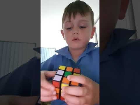 How to solve one side of a Rubik's cube by 7 year old