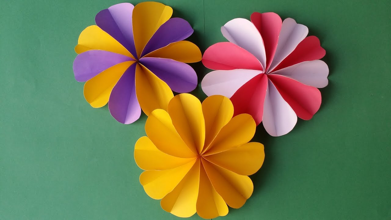 How to Make Easy Modular Paper Flower | UsefulDIY.com | 720x1280