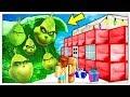 ONDA GIGANTE DEL GRINCH CONTRO BASE DI BABBO NATALE! - Minecraft ITA