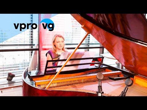 Olga Pashchenko - Schubert/Liszt - Auf Dem Wasser Zu Singen (live @Bimhuis Amsterdam)