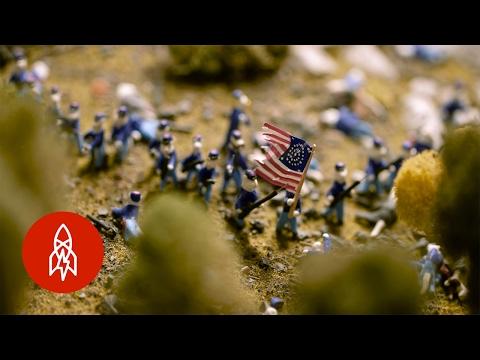 Civil War Tails: 5,000 Mini Cats Recreate American History