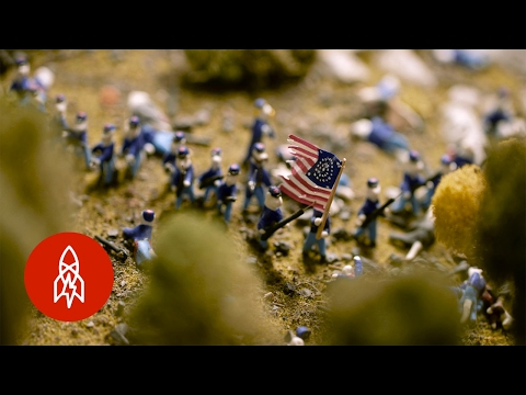 Scale Models of the Battle of Gettysburg with 8,000 Miniature Cats