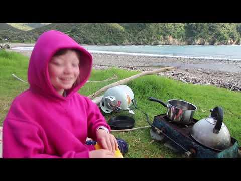 CAMPING STONY BAY NZ   Twoplustwocrew