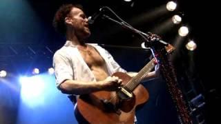 Baixar Nando Reis e Os Infernais - Fogo e Paixão/My Pledge of Love - 05.12.2009 - Recife (PE)
