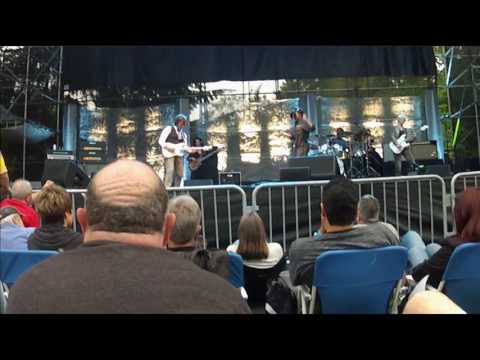 Jeff Beck 2016-08-21 Woodland Park Zoo