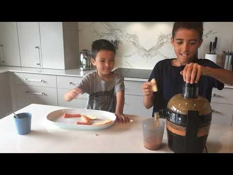 Henrys Health making Juice ~ Lemon, Ginger Zinger ~For full recipe, go to www.henryshealth.com