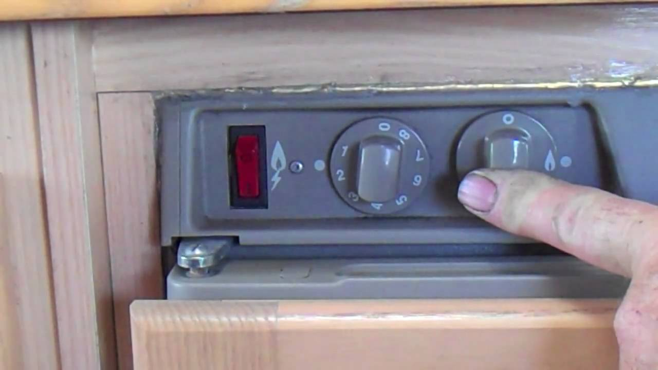 three way fridge elecric gas start motorhomes and campers at gpmotor co uk youtube [ 1280 x 720 Pixel ]