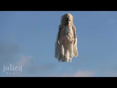 Halloween Flying ghost Prank 👻 -Julien Magic
