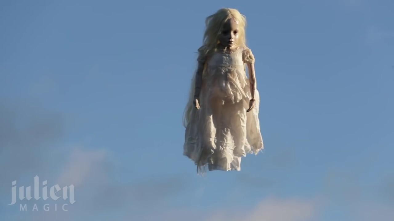 Halloween Flying ghost Prank