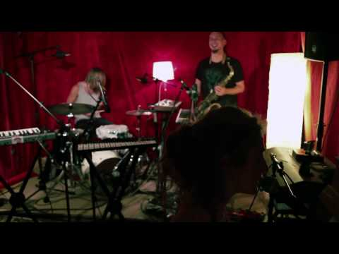 Elifantree - Time Out - Live session - Helsinki