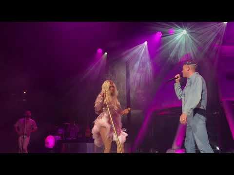 Kesha & Macklemore -