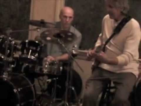 Bob Sterling Band with Barry Miles perform Autumn Leaves and FRAGILE