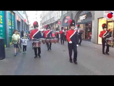 Intocht Avondvierdaagse Haarlem 2017 - Showband IJH