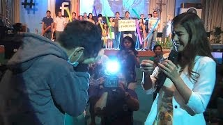 Repeat youtube video Girlfriend Proposes To Her Boyfriend (Jamich Proposal)