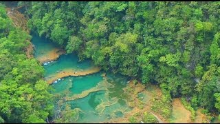 CAVE SWIMMING AT SEMUC CHAMPEY - TRAVELLING IN GUATEMALA (Part 2)
