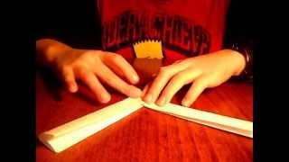 Как легко сделать бумеранг из бумаги(Алексей Стороженко предлагает лёгкий способ изготовления бумеранга из бумаги., 2015-09-13T16:27:42.000Z)