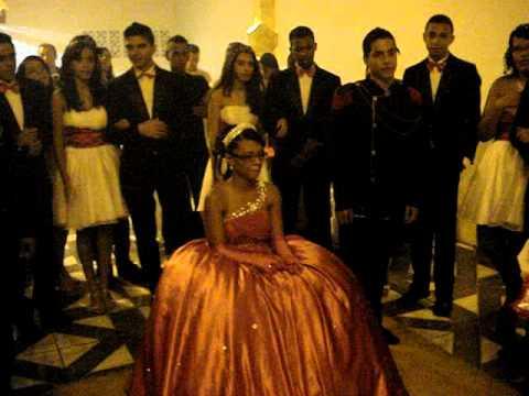 troca do sapato , entrada do anel FernandaRibeiro15 anos